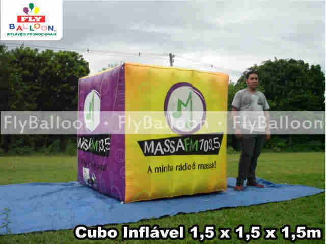 cubos inflaveis gigantes promocionais