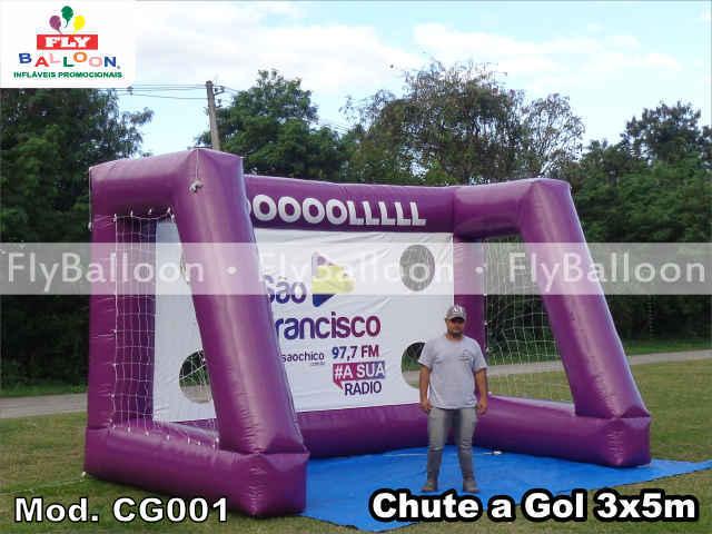 chute a gol inflavel promocional radio sao francisco em anapolis - GO