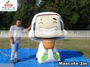 mascote inflavel promocional orthopride