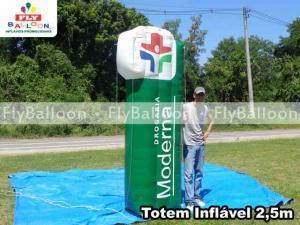 totem inflavel promocional drogaria moderna em Volta Redonda - RJ