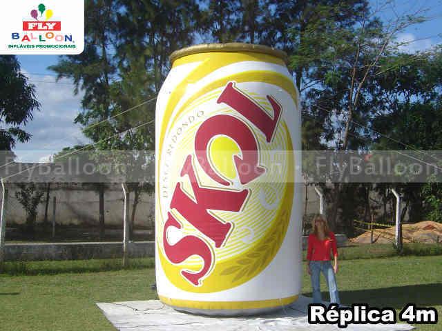 replica inflavel promocional lata cerveja skol