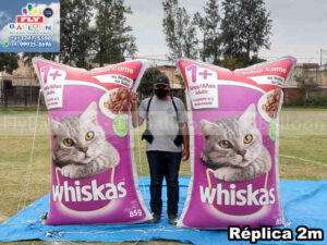 réplicas gigantes infláveis promocionais ração whiskas sabor carne